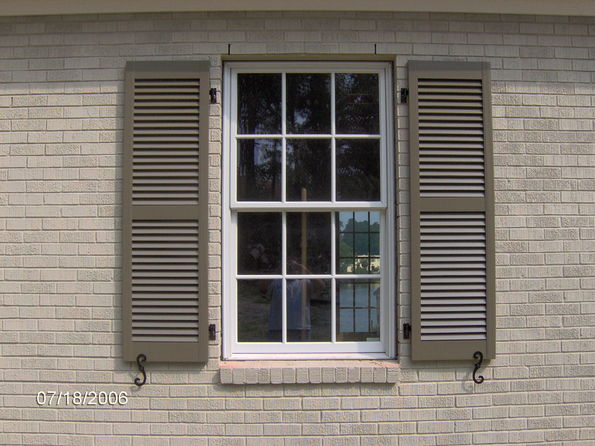 Exterior shutters carolina blind shutter inc for Hardware for exterior shutters
