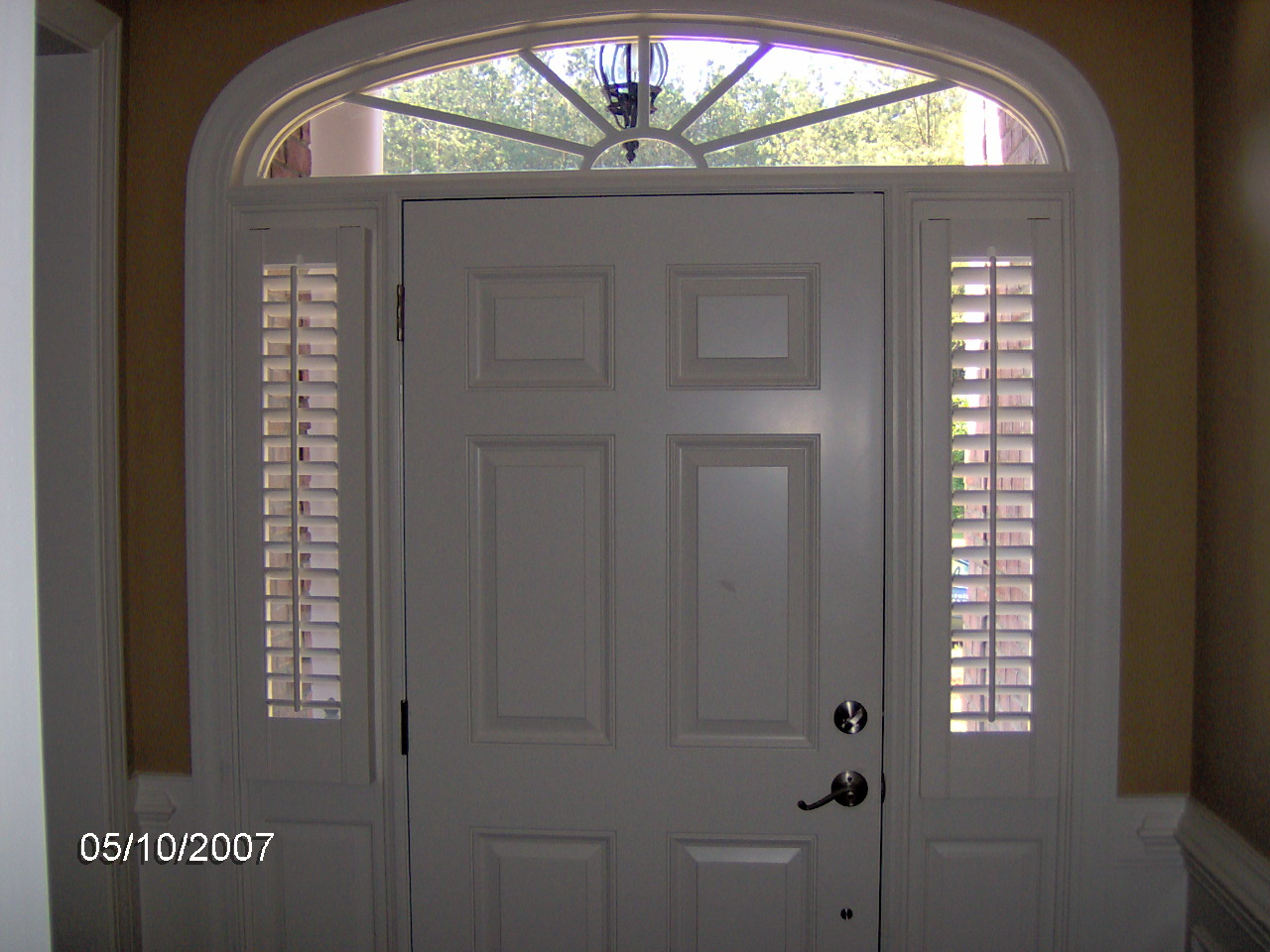 Plantation shutters carolina blind shutter inc for Front door and sidelights